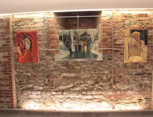 """Έκθεση ζωγραφικής της Ταρσής Τζενανίδου με θέμα: """"Σπήλαια της Ελλάδας""""_12 Απριλίου 2016_""""Αίθουσα Τέχνης Φ.Α.Α.Θ."""""""